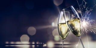 réveillon de la Saint Sylvestre en verre de champagne images stock