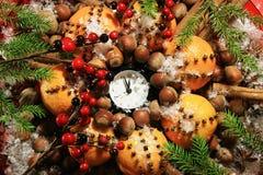 Réveillon de Noël et années neuves à minuit Photos stock