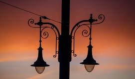 Réverbère au coucher du soleil image libre de droits