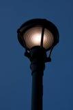 Réverbère au crépuscule Photo libre de droits