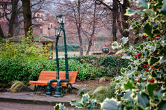 Réverbère dans l'amour en parc du ` s de Valentino, Turin Italie Photos libres de droits
