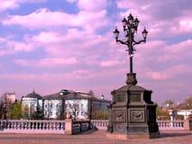 Réverbère de Moscou dans le rétro style en avril 2011 Photographie stock