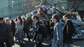 Révolution d'Euromaidan à Kiev - visite de personnes clips vidéos