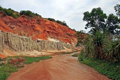 Río anaranjado en Vietnam Imagen de archivo libre de regalías