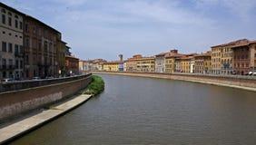 Río arno en Pisa Fotos de archivo libres de regalías