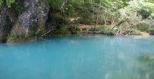Río azul imagen de archivo
