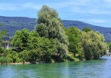 Río de Aare en Suiza Foto de archivo libre de regalías