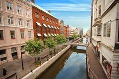 Río de Aarhus en el centro de la ciudad, Aarhus, Dinamarca Imagenes de archivo