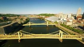 Río de Allegheny en Pittsburgh almacen de video