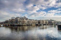 Río de Amstel en Amsterdam Imágenes de archivo libres de regalías