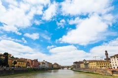 Río de Arno en Florencia Fotos de archivo libres de regalías