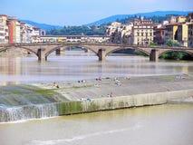 Río de Arno en Florencia fotografía de archivo libre de regalías