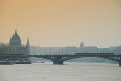 Río de Danubio por Budapest Foto de archivo libre de regalías