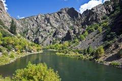 Río de Gunnison en la barranca negra, del oeste fotos de archivo