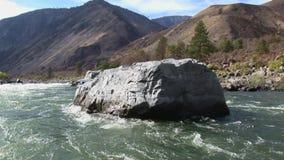 Río de Idaho del barranco de los infiernos de Idaho el río Snake almacen de metraje de vídeo