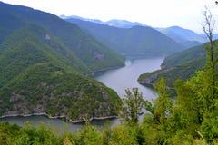 Río de la bobina de la montaña Imagenes de archivo