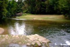 Río de la inclinación y del cambio fotos de archivo