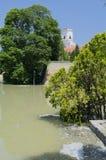 Río de la inundación en obispo Castle Foto de archivo