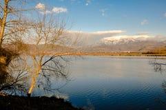 Río de la montaña fotografía de archivo