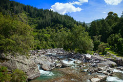 Río de la montaña de Bolivia imagen de archivo