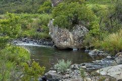 Río de la montaña en el castillo de Giants Fotografía de archivo libre de regalías