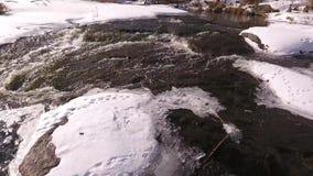 Río de la montaña Nevado almacen de metraje de vídeo