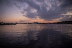 Río de la noche Fotos de archivo libres de regalías