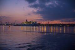 Río de la noche Imagenes de archivo