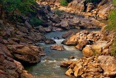 Río de la roca imagenes de archivo