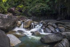 Río de las cascadas Imágenes de archivo libres de regalías