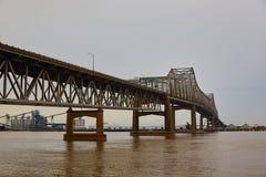 Río de Luisiana Horace Wilkinson Bridge Mississippi imagen de archivo libre de regalías