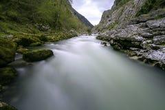 Río de Nalon Imagenes de archivo