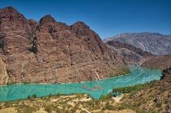 Río de Naryn fotografía de archivo