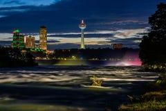 Río de Niagara en la noche Imagen de archivo