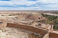 Río de Ounila en AIT Ben Haddou, Marruecos Imagenes de archivo