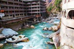 Río de Parvati con lleno de agua dulce fotografía de archivo libre de regalías