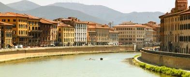 Río de Pisa Arno Foto de archivo libre de regalías