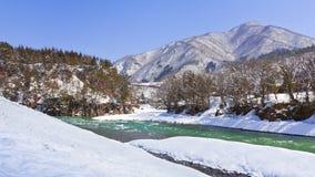 Río de Shokawa imagen de archivo