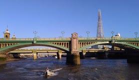 Río de Thames en Londres imágenes de archivo libres de regalías