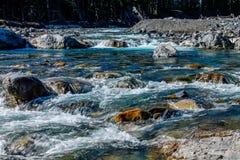 Río del arco en flujo rápido Fotos de archivo