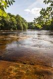 Río del norte de Esk en Edzell en Escocia Foto de archivo libre de regalías