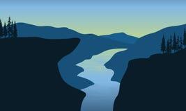 Río del paisaje en acantilado Fotografía de archivo