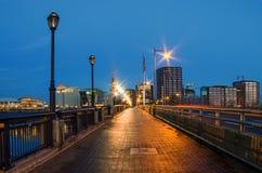 Río del puente del fundador de Hartford Connecticut los E.E.U.U. imagenes de archivo