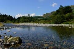Río Duddon en Cumbria Foto de archivo libre de regalías