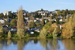 Río el Loira en los viajes en Francia fotos de archivo