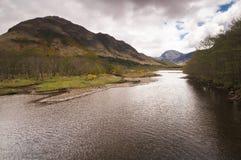 Río Elchaig Imagenes de archivo