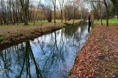 Río en el parkprospect Imágenes de archivo libres de regalías
