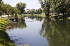 Río en la ciudad de Eskisehir Fotografía de archivo libre de regalías