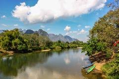 Río en Laos Imagenes de archivo