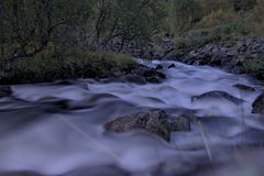 Río en montañas Fotografía de archivo libre de regalías